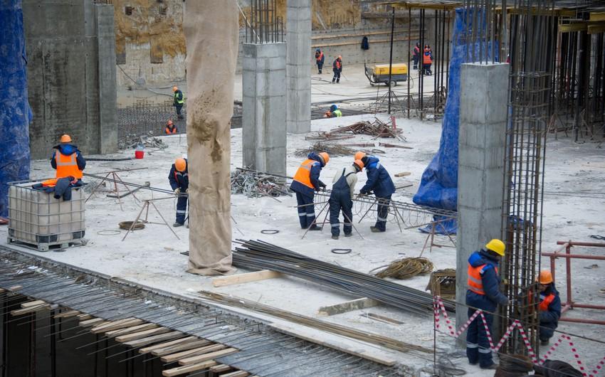 Sabunçu rayonunda daha bir sökülmüş binanın yerində yenisi inşa olunub - FOTO