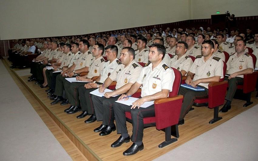 Azərbaycan Ordusunun kadr işləri üzrə heyətinin toplanışı keçirilib
