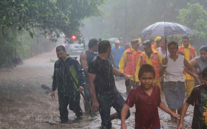 Hurricane Michael kills 13 in Central America - VIDEO