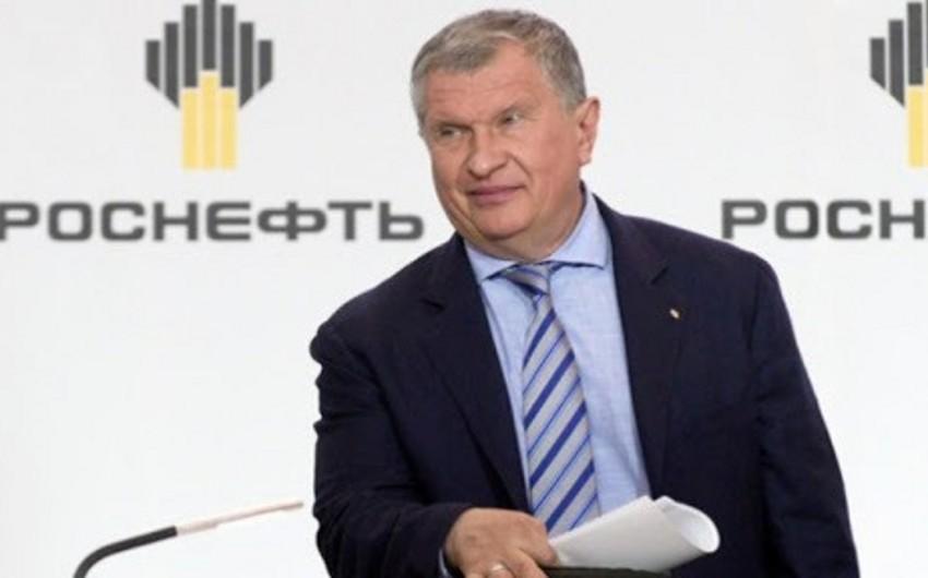 """""""Rosneft""""in rəhbəri: """"Neftin qiyməti bu ilin sonuna qədər 60 dollara çata bilər"""""""