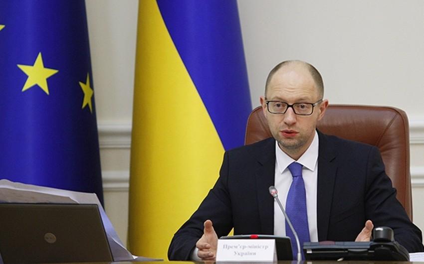 Ukraynanın baş naziri istefa verdiyini bildirib - VİDEO