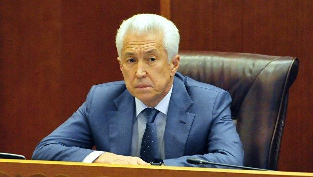 Глава Дагестана предложил координировать с Азербайджаном переход людей на границе