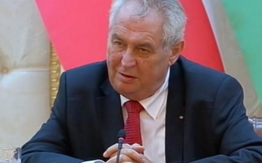 Miloş Zeman: Çexiya Azərbaycanla silah sahəsində əməkdaşlığa hazırdır