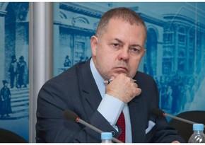 Российский политолог: Москва не будет вмешиваться в происходящее сейчас в Карабахе