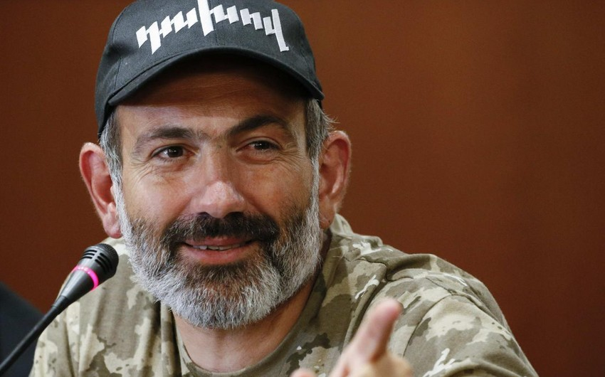 Paşinyan Ermənistan ordusundakı acınacaqlı durumu ört-basdır etməyə çalışır - ŞƏRH