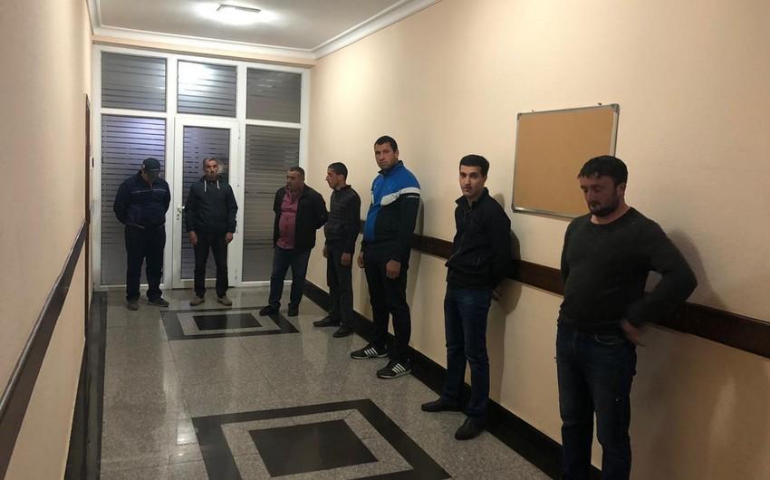 Futbol oynamaqla karantin rejimini pozan şəxslər cərimələnib