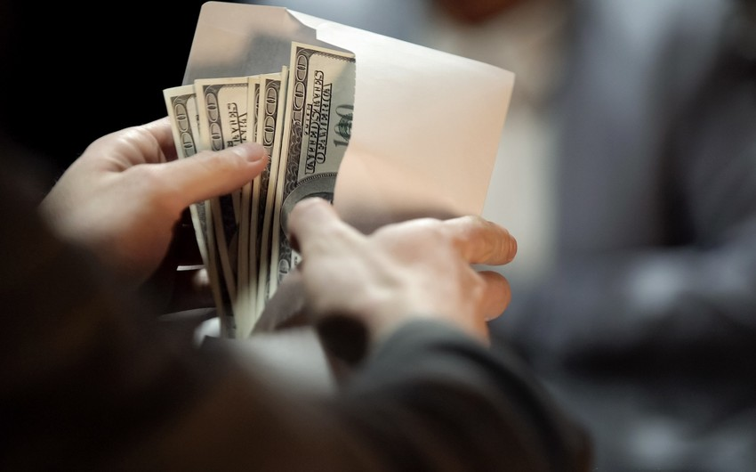 Ermənistanda BƏƏ-dən olan iş adamının 1,07 milyon dolları mənimsənilib