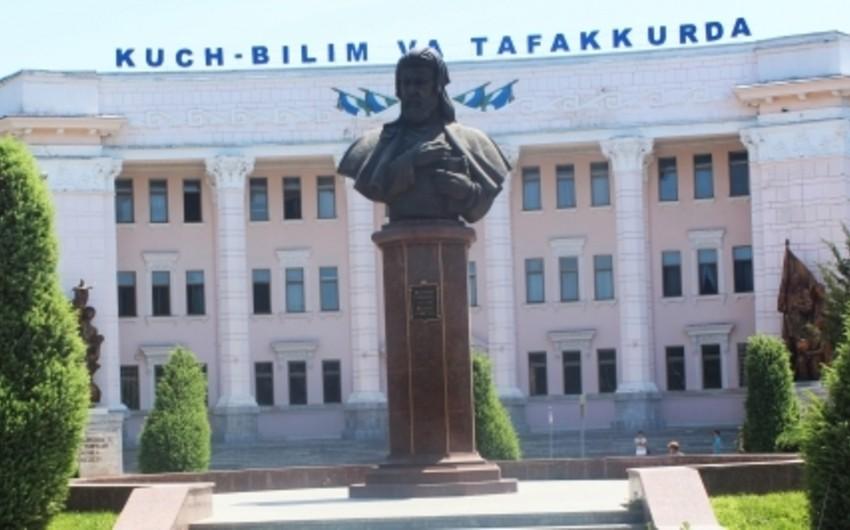 Daşkənddə dahi Azərbaycan şairi Nizami Gəncəvinin büstü restavrasiya olunub