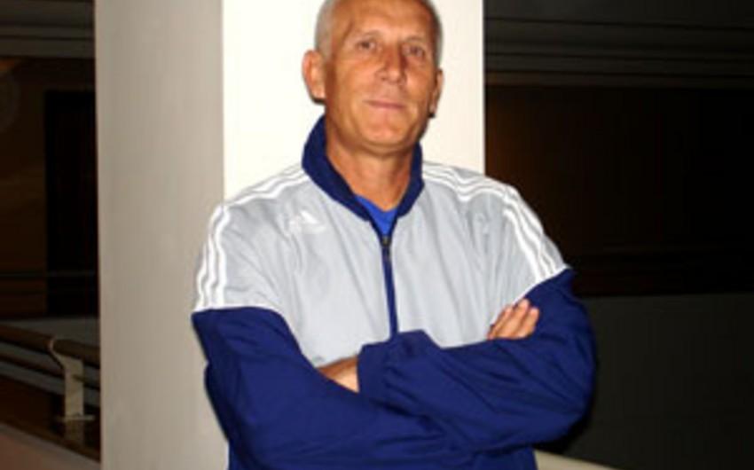 Бывший тренер Карабаха найден мертвым в ванной своего дома - ВИДЕО