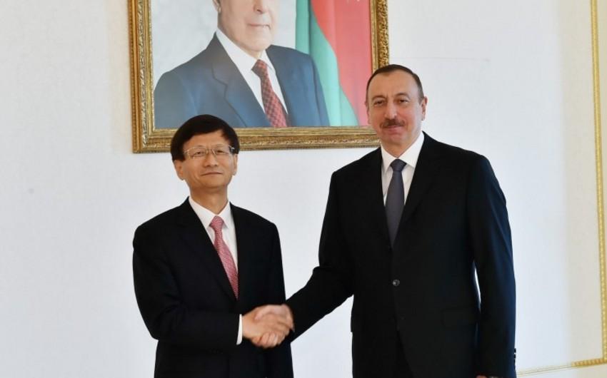İlham Əliyev Çin sədrinin xüsusi nümayəndəsini qəbul edib