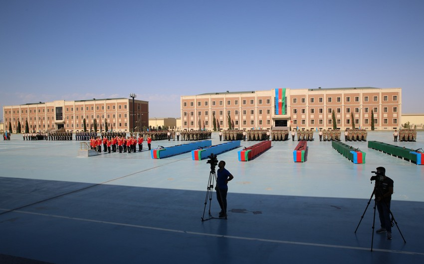 Military units of Ministry of Defense hold military oath-taking ceremony