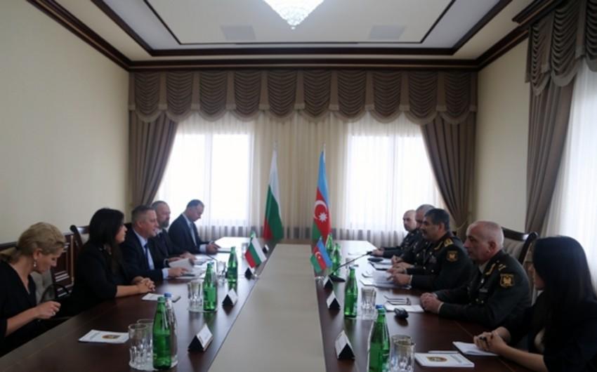 Zakir Həsənov Bolqarıstanın iqtisadiyyat naziri ilə görüşüb