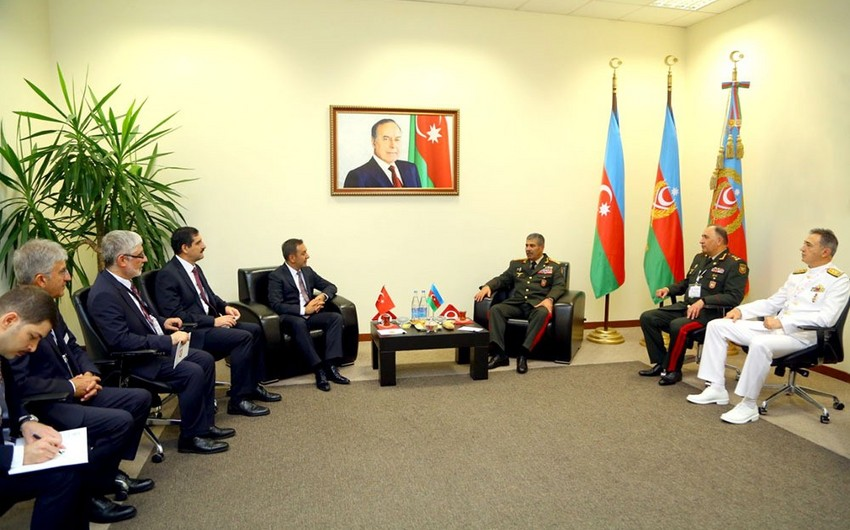 Azerbaijan, Turkey discuss prospects for development of military cooperation