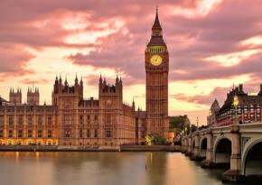Страны мира закрывают сообщение с Британией