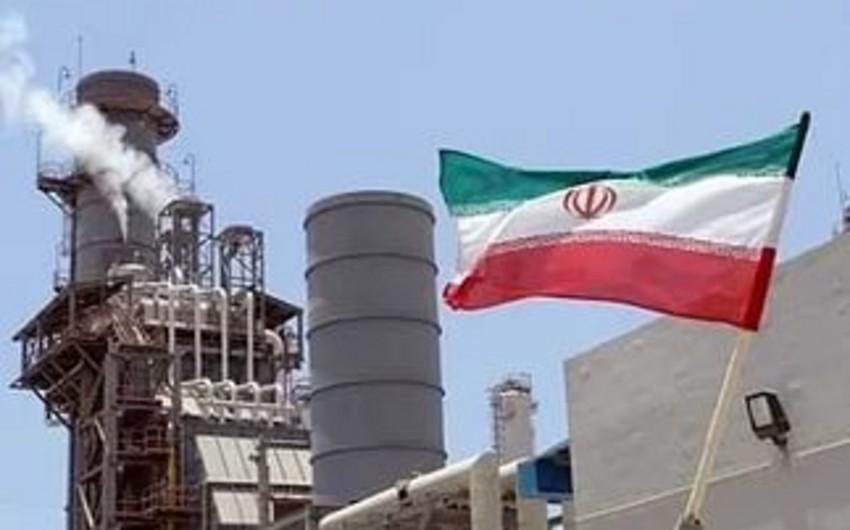 İran neft hasilatını sutkada 4 milyon barelə çatdıracaq