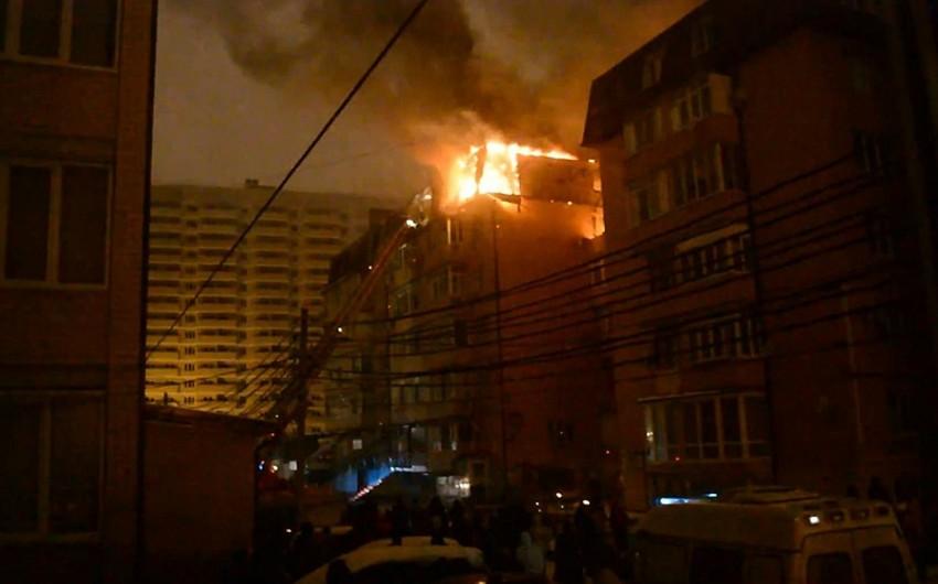 При пожаре в Краснодаре выгорело 20 квартир - ВИДЕО
