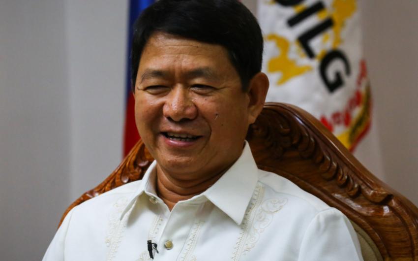 Filippinli nazir yenidən koronavirusa yoluxdu