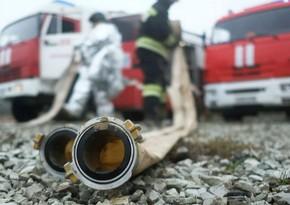 Пожар в бакинском общежитии, жители эвакуированы