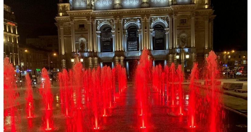 SOCAR подарил фонтан жителям Львова
