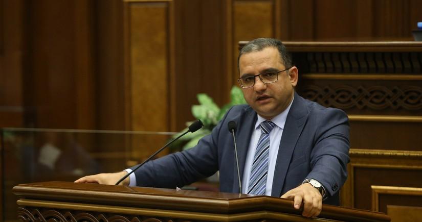 Armenian Economy Minister resigns