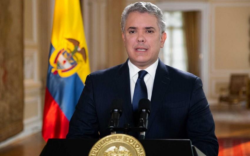 Kolumbiya prezidentinə hücum edənlər barədə xəbər verəni 796 min dollar gözləyir