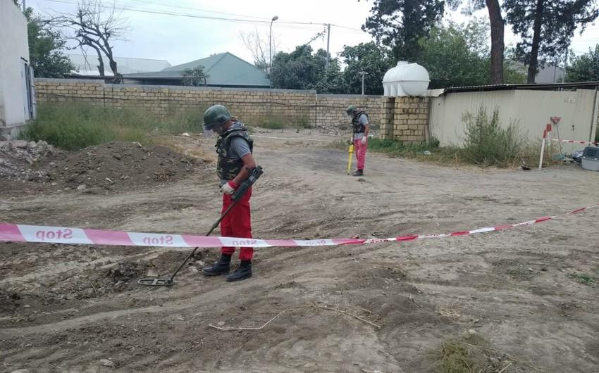 В Гяндже обнаружили ручную гранату и гильзу