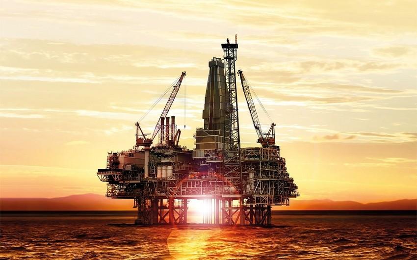 Azerbaijani oil price rises by over $2