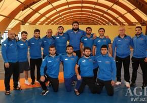 Azerbaijani Greco-Roman wrestlers improve their record
