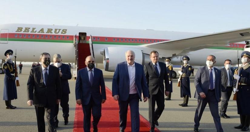 Aleksandr Lukaşenko Azərbaycana işgüzar səfərə gəlib - YENİLƏNİB
