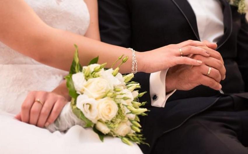 Son 6 ayda qeydə alınan doğum və nikahın sayı açıqlanıb