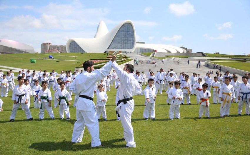 Məşhur idmançımız karate məktəbi açır