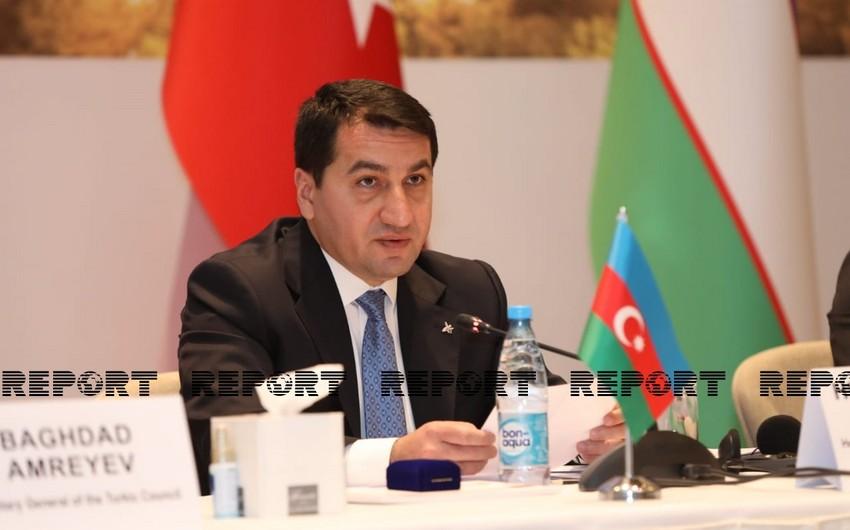 """Hikmət Hacıyev: """"Media haqqında"""" yeni qanun layihəsi hazırlanıb"""""""