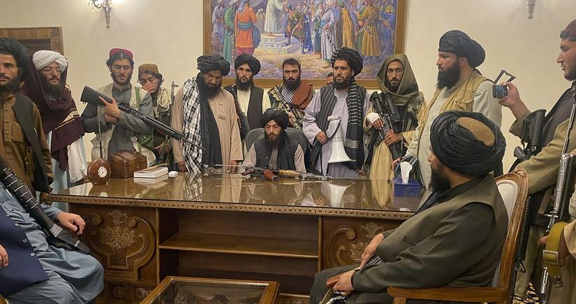 """""""Taliban""""a təhvil verilən Əfqanıstan - Qərb əfqan xalqını satdımı?"""