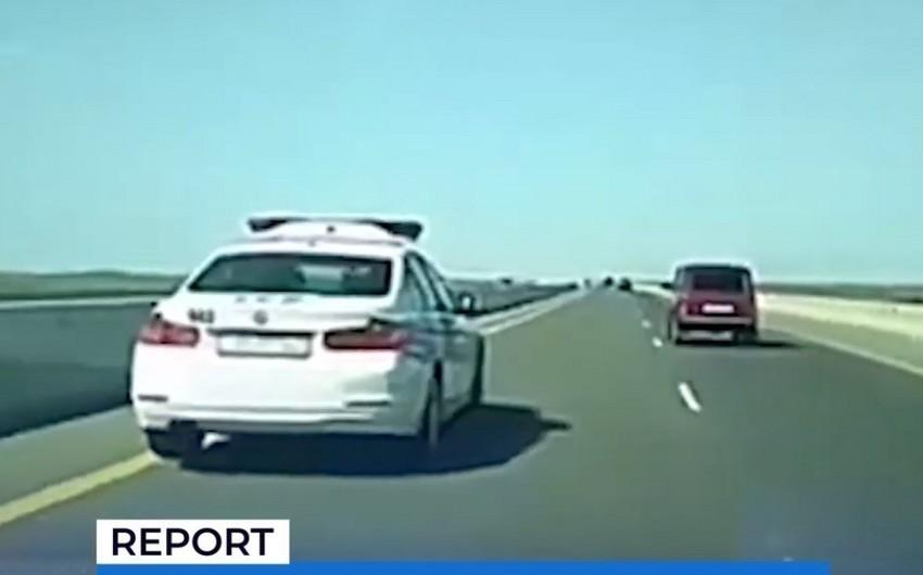 В Баку за грубое нарушение ПДД сотруднику дорожной полиции вынесен строгий выговор