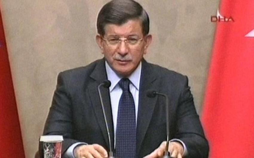Davutoğlu: Rusiyalı pilotun cənazəsi Türkiyəyə gətirilib