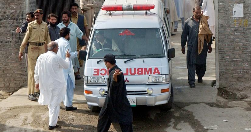 Əfqanıstanda sərnişin avtobusunun partlaması nəticəsində azı 16 nəfər ölüb
