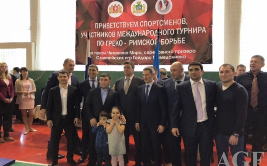 В Екатеринбурге прошел турнир по греко-римской борьбе в честь азербайджанского спортсмена