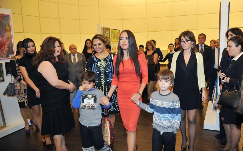 Лейла Алиева приняла участие в выставке детских работ в Баку - ФОТО