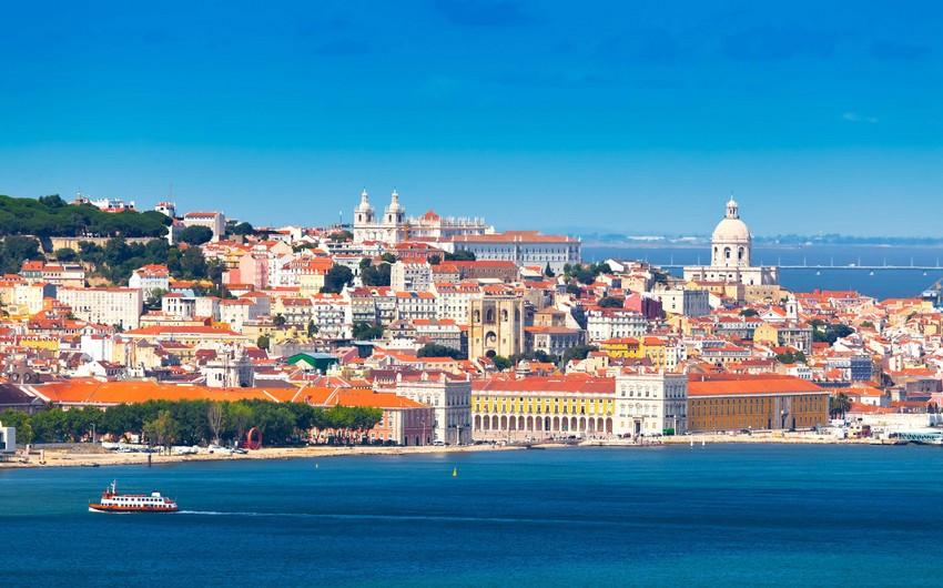 Португалия открывает границы для туристов из некоторых стран
