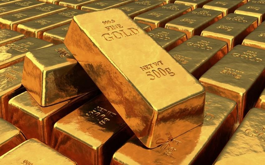 Цена золота достигла 1 700 долларов