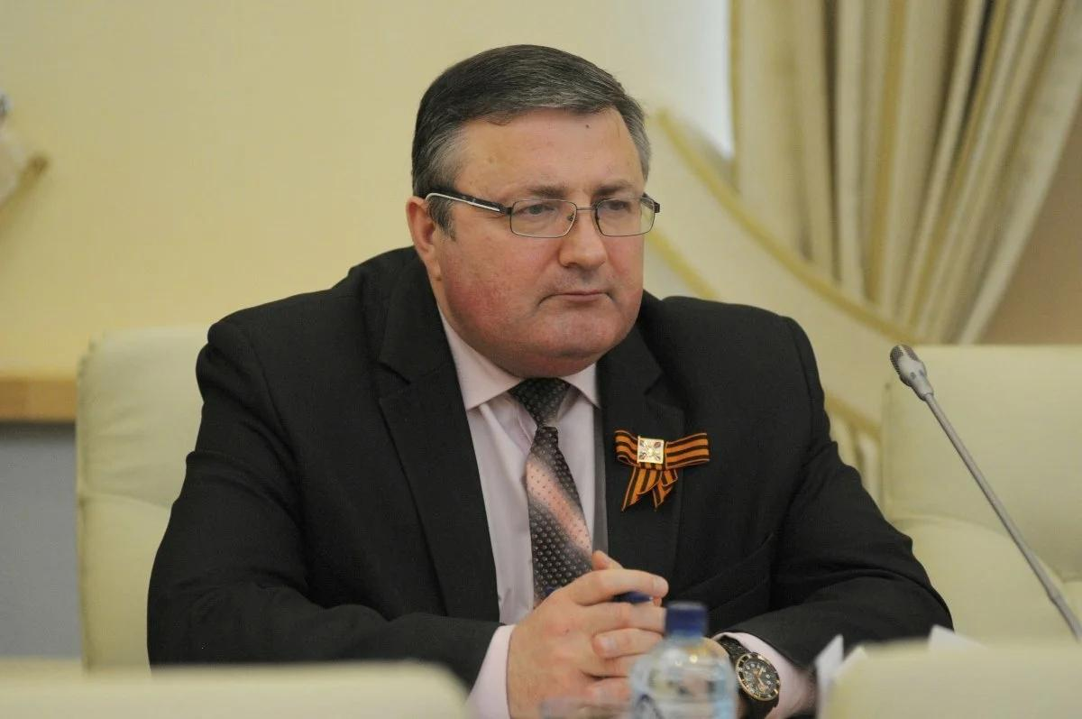 Александр Перенджиев
