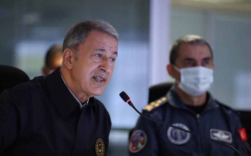 Türkiyənin müdafiə naziri: Azərbaycanın yanında olmağa çalışırıq