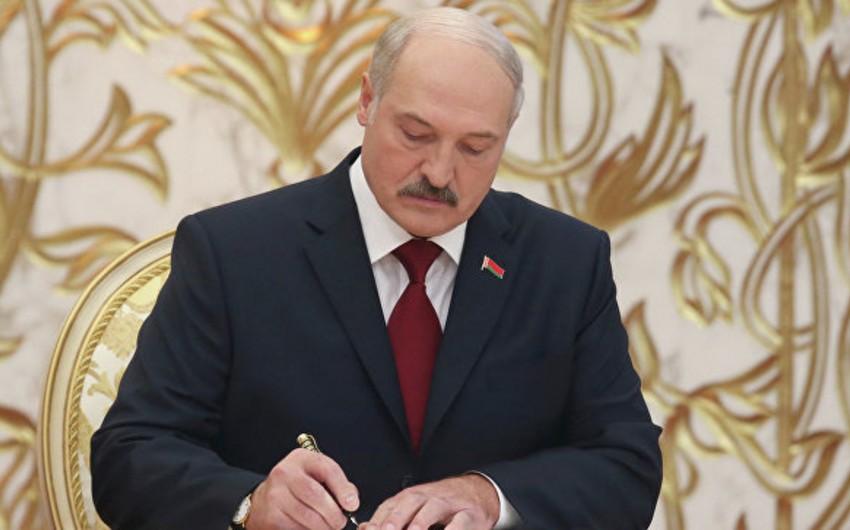 Belarus prezidenti MDB-nin perspektivindən narahat olduğunu bildirib