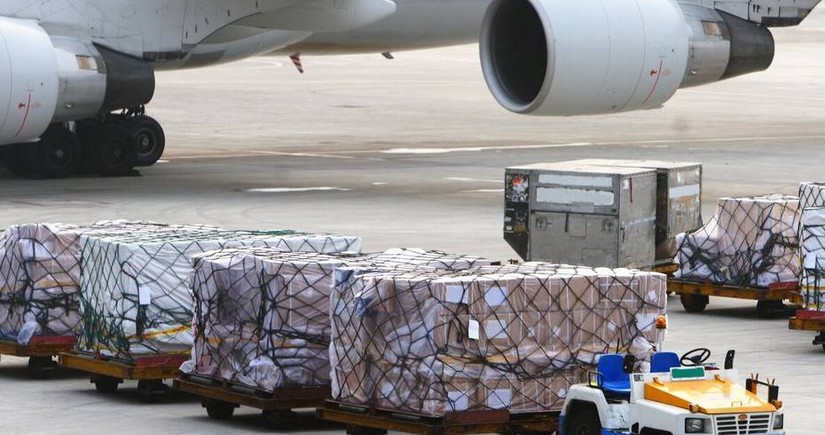 Cargo transportation by air rises 56% in Azerbaijan