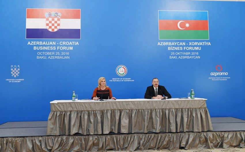 Azərbaycan və Xorvatiya prezidentləri Bakıda biznes forumda iştirak ediblər