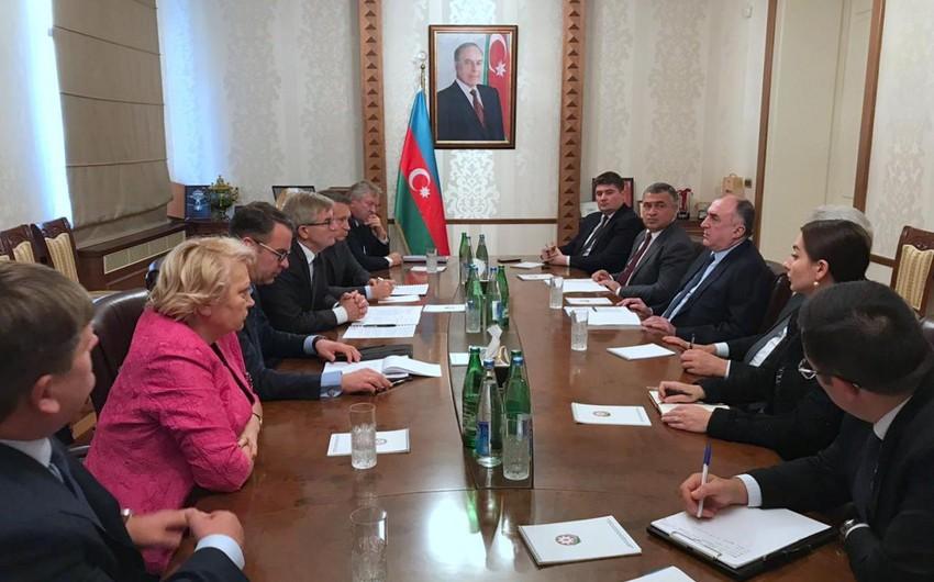 Elmar Məmmədyarov Litva parlamentinin sədri ilə görüşüb