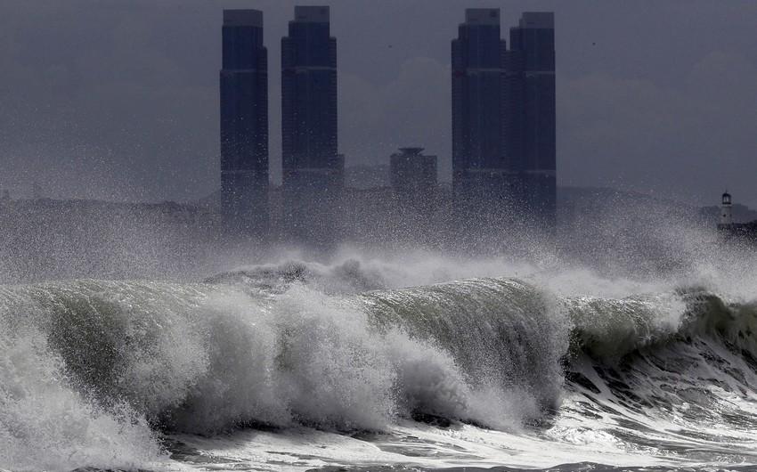 Yaponiyada tayfun nəticəsində xəsarət alanların sayı 100 nəfəri ötüb