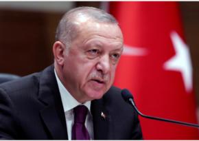Бесплатная вакцинация от COVID-19 в Турции начнется в декабре
