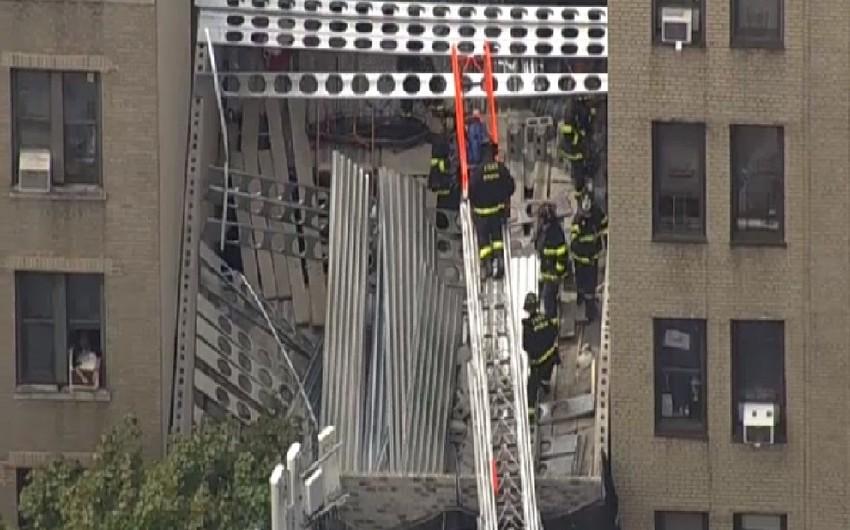 Nyu-Yorkda tikilməkdə olan bina uçub, ölən və yaralananlar var - VİDEO