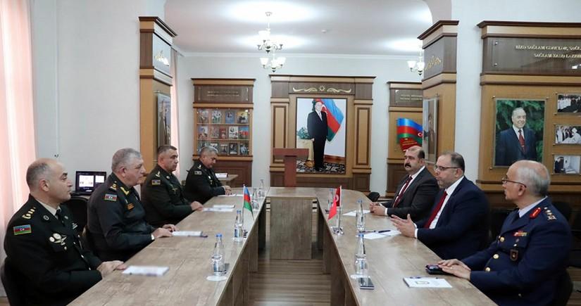 В Баку прошла встреча с руководством университета обороны Турции